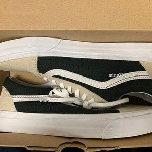 NIB vans two tone old skool sneaker size 8